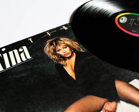 Tina Turner sells music catalogue